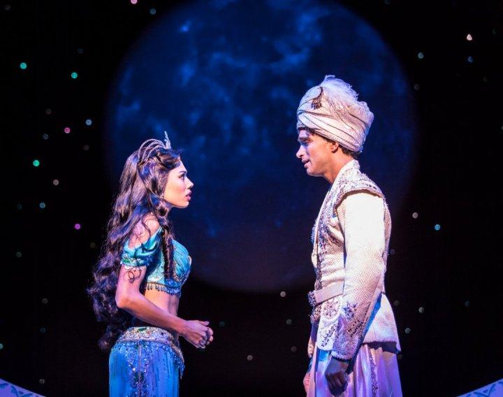 aladdin_prince-edward-theatre_matthew-croke-aladdin-jade-ewen-jasmine_photographer-johan-persson.-c2a9-disney-2-1080x853